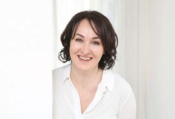 Evelyn Huchler